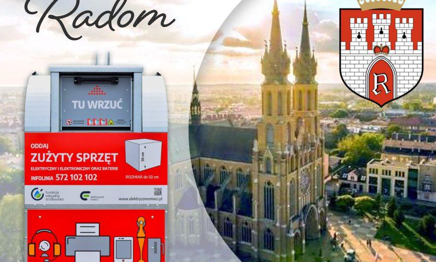 Czerwone pojemniki w Radomiu